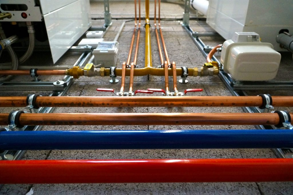 burst pipes are a common residential plumbing issue that requires emergency plumbing!